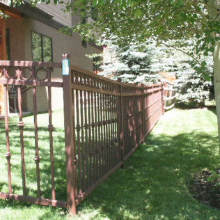 iron fencing contracting