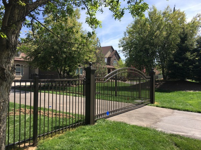 custom arched gate