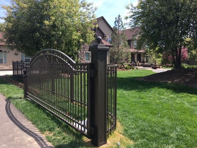 custum entry gate